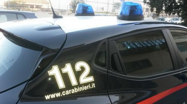 arresto, carabinieri, maltrattamenti in famiglia, patti, Messina, Sicilia, Archivio