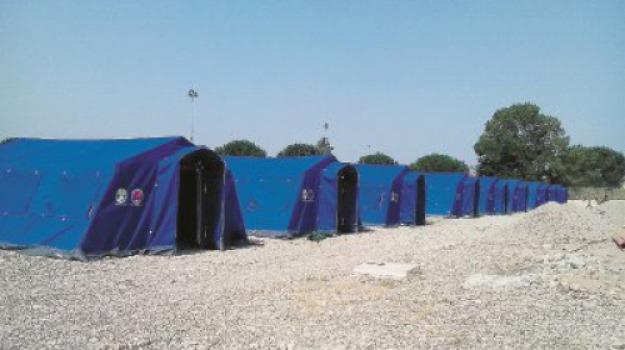 migranti, san ferdinando, tendopoli, Andrea Tripodi, Reggio, Calabria, Cronaca