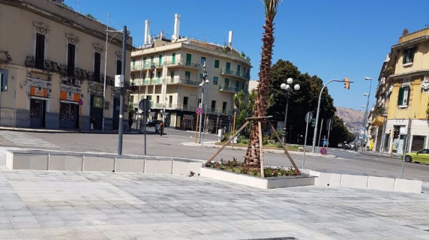 piazza cairoli, Messina, Archivio