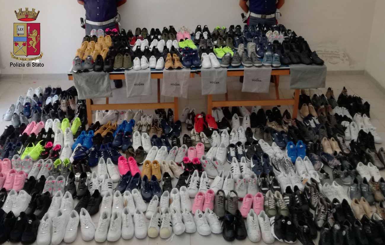 Sequestrate calzature contraffatte. 500 paia di scarpe riportanti noti  marchi contraffatti 132cdecb408