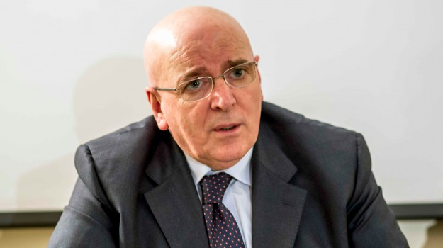 acqua cosenza, Mario Oliverio, Cosenza, Calabria, Politica