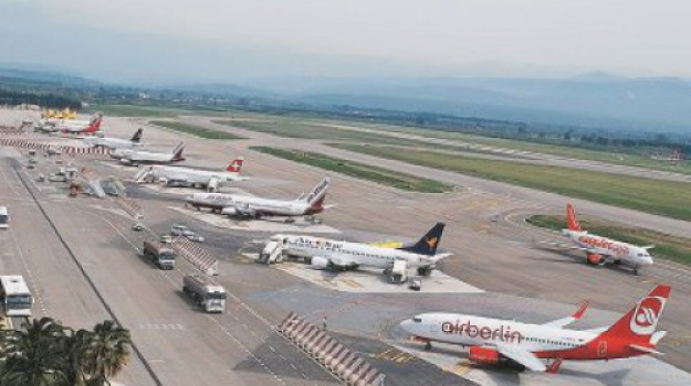 aeroporti calabresi, Catanzaro, Calabria, Archivio