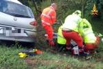 Posta video mentre guida, dopo poco si schianta e muore
