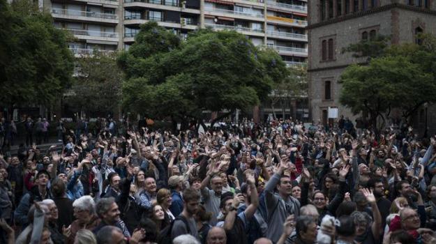 catalogna, feriti, indipendenza, referendum, Sicilia, Archivio, Cronaca