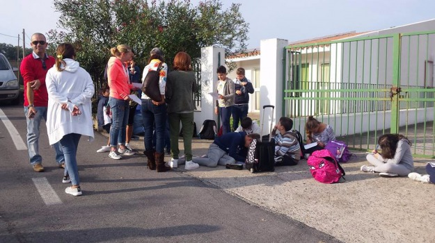 eolie, messina, scuola, vulcano, Messina, Archivio
