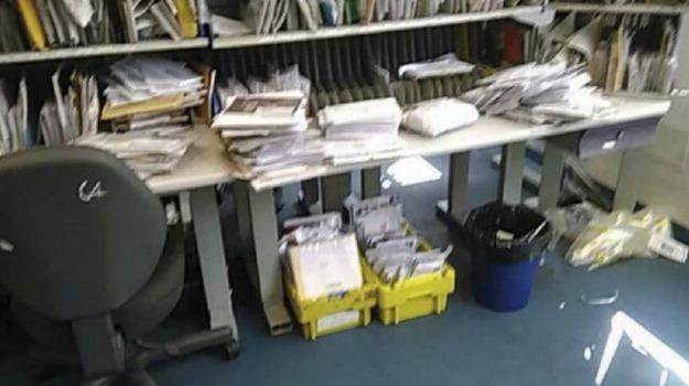 corrispondenza, inchiesta funzionari poste, messina, Messina, Sicilia, Cronaca