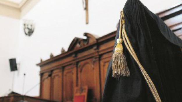 molestie, prete, Cosenza, Calabria, Archivio