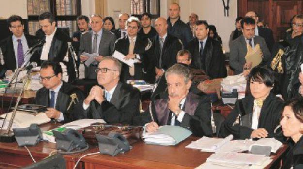 corsi d'oro, formazione professionale, procura, Messina, Sicilia, Archivio