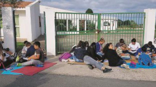 docenti, eolie, scuola, Messina, Sicilia, Archivio