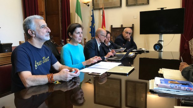 concorso assistente sociale messina, servizi sociali, Messina, Sicilia, Archivio
