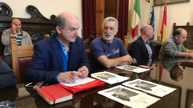 bus navetta, cimiteri, due novembre, messina, Messina, Archivio
