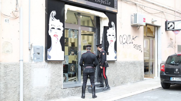 intimidazione, parrucchiere, Catanzaro, Calabria, Archivio