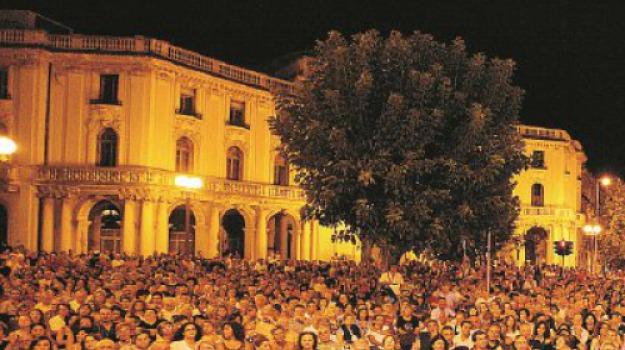 discoteca all'aperto, parolimparty, piazza antonello, Messina, Archivio