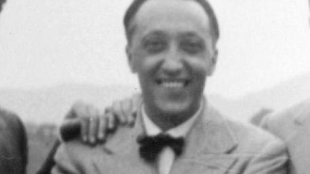 cosenza, francesco leonetti, scrittore, Cosenza, Archivio, Cultura