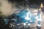 Distrutta da incendio auto dell'assessore De Cicco