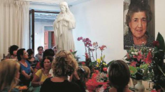 soppressione fondazione natuzza, natuzza evolo, Catanzaro, Calabria, Società
