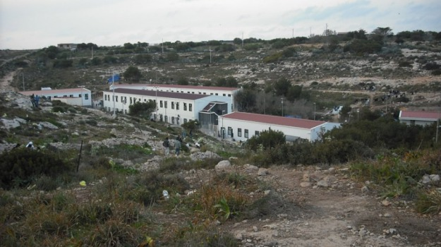 hotspot, lampedusa, migranti, ri, Sicilia, Archivio