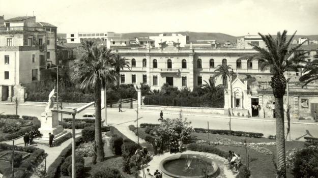 80 anni, anniversario, città, crotone, Catanzaro, Archivio