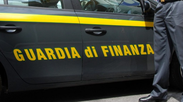 crotone, fisco, frode, Catanzaro, Calabria, Archivio