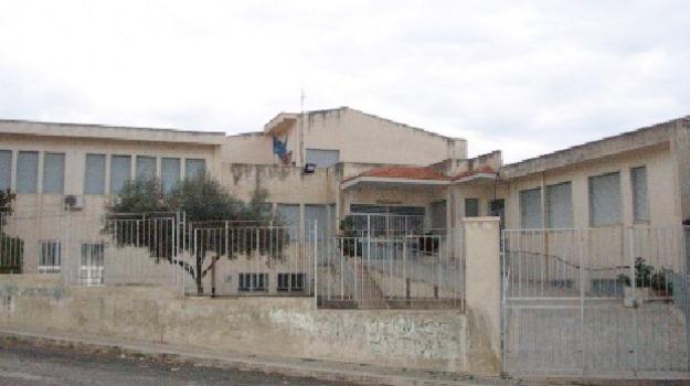 Furto in scuola Vittorini, scicli, Un arresto e tre denunce, Sicilia, Archivio