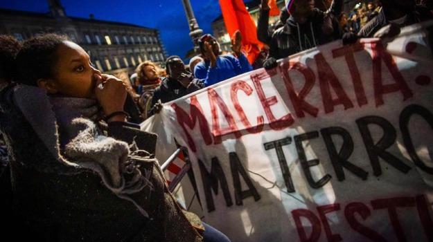 macerata, manifestazione, Sicilia, Archivio, Cronaca