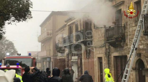 appartamento, incendio, mistretta, vigili del fuoco, Messina, Sicilia, Archivio