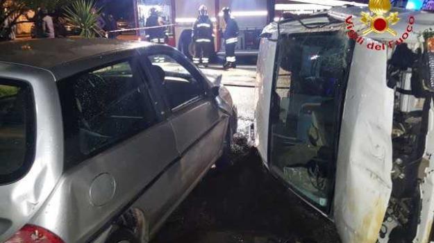 27 anni, incidente stradale, morta, ragazza, Reggio, Calabria, Archivio