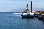 Messina, draga al lavoro al porto di Tremestieri