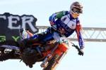 Motocross, Cairoli cade nel Gp di Lettonia e si ritira: Gajser allunga in classifica