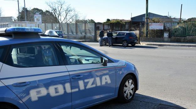 Furti su auto in sosta, ladro seriale, ragusa, Sicilia, Archivio