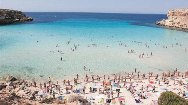 lampedusa, spiaggia conigli, Sicilia, Archivio