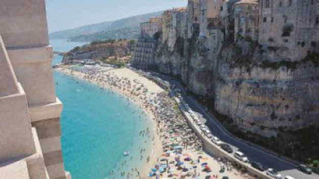 tropea ospita i big d'europa, Mario Oliverio, Calabria, Economia
