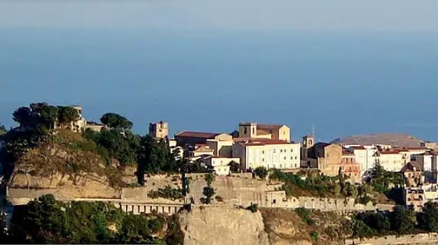 borgo dei borghi, castroreale, messina, Messina, Archivio