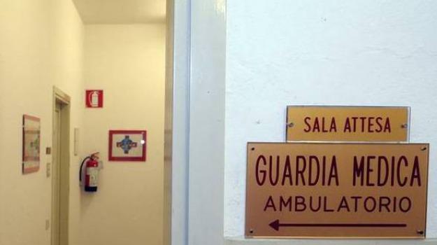 asp, carenza di personale, crotone, servizio di Guardia Medica, turni scoperti, Catanzaro, Calabria, Cronaca