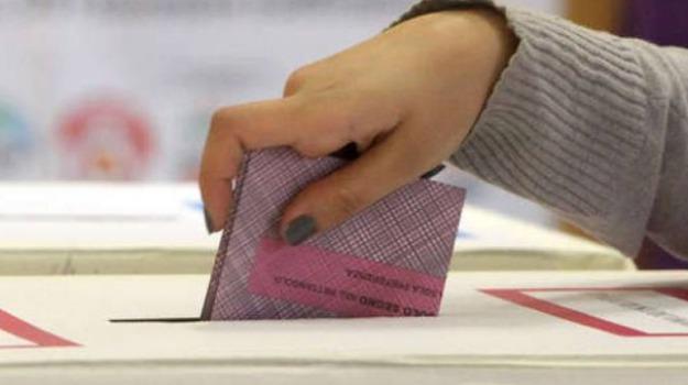 cosenza verso il voto di preferenza, elezioni candidate donne, Cosenza, Calabria, Politica