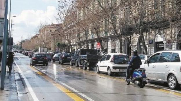 corsia bus, corso cavour, messina, Messina, Archivio