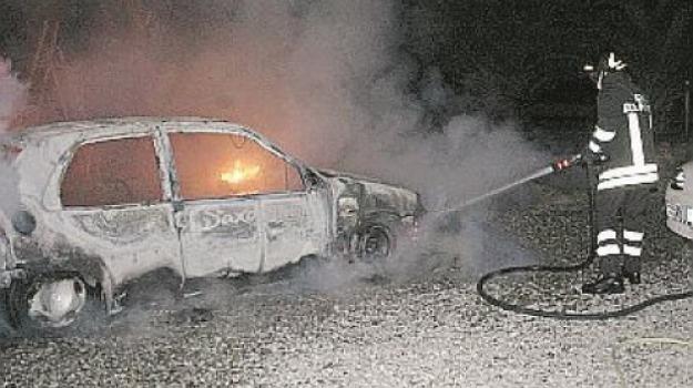 auto, fiamme, Cosenza, Calabria, Archivio