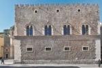 Chiuso Palazzo Corvaja: è a rischio