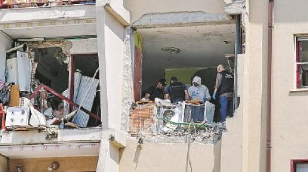 crotone, esplosione, omicidio colposo, Catanzaro, Calabria, Archivio