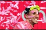 Vince Bennett, Yates resta in rosa