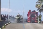 Auto in fiamme, tragedia sfiorata/Video