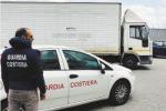 Traffico di rifiuti nello Stretto, 19 indagati