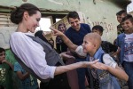 Angelina Jolie tra gli sfollati in Iraq