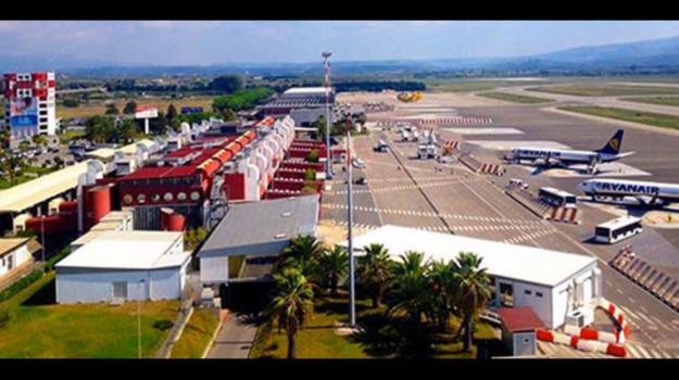 Aegean Airlines, aeroporto di Atene, aeroporto di lamezia, nuove rotte, Catanzaro, Calabria, Economia