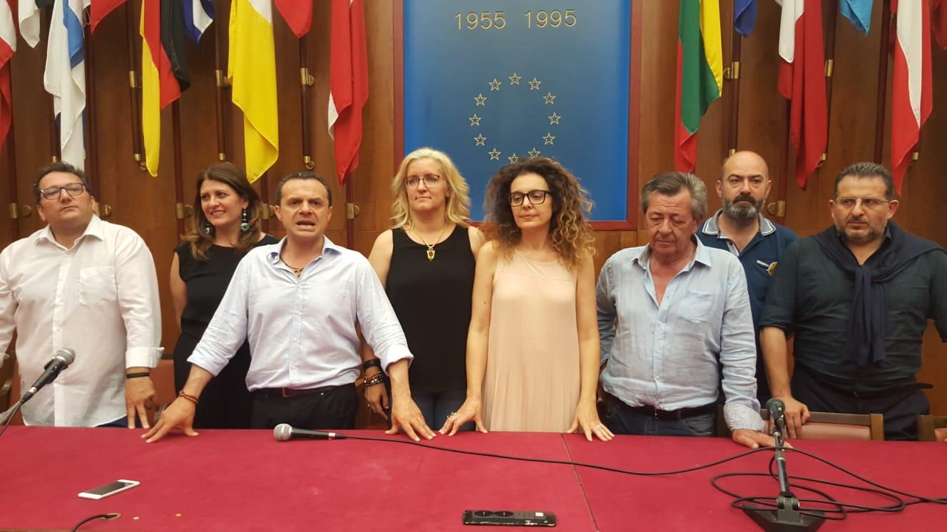 Ecco gli assessori del sindaco cateno de luca gazzetta for Arredo sud messina