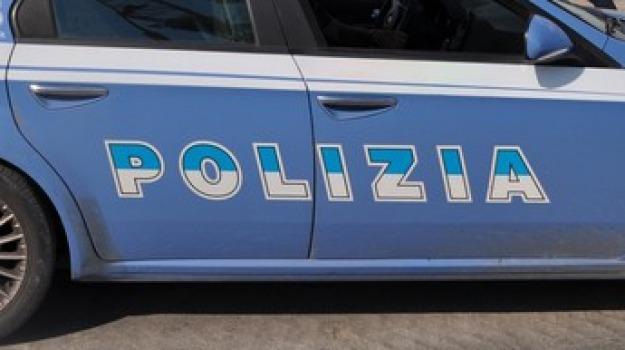 cosenza, maltrattamenti in famiglia, polizia, Cosenza, Archivio