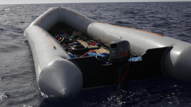libia, migranti, morti, naufragio, Sicilia, Archivio, Cronaca