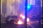 Messina, in fiamme l'auto del sindaco di Novara di S.