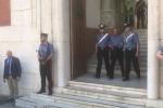 'Ndrangheta violenta, sequestrati mitra e pistole