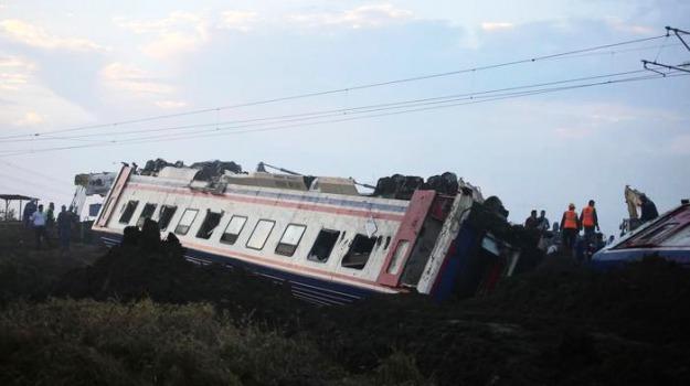 incidente ferroviario, turchia, Sicilia, Archivio, Cronaca
